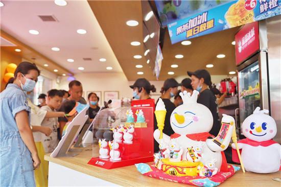 蜜雪冰城门店规模破万,河南品牌走向全球